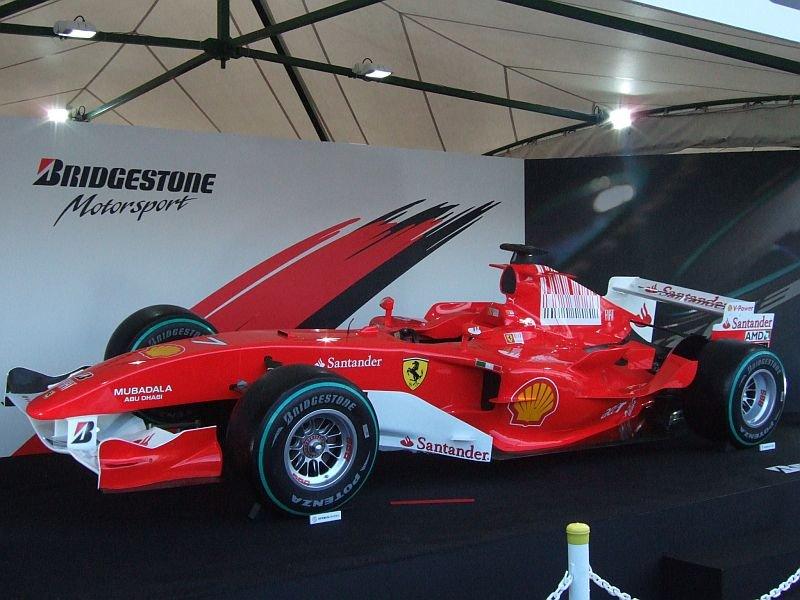 ★105:フェラーリF1展示車両(F2005・2009年カラー)