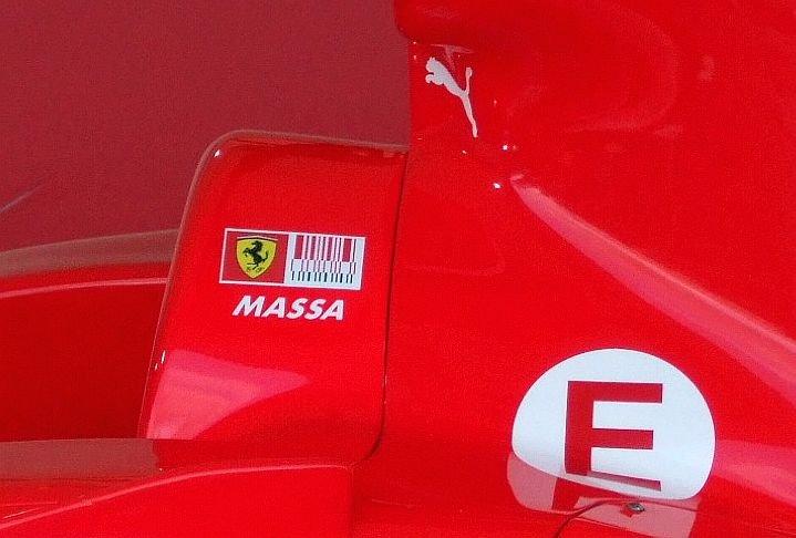★115:フェラーリF1展示車両フェリペ・マッサ/ネームステッカー