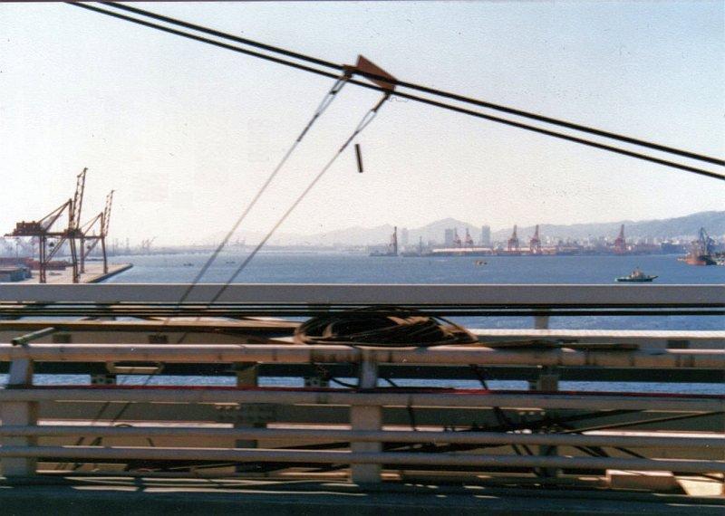 ★神戸市交通局60系統車窓 六甲大橋 1989.02