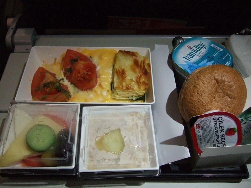 ☆014:トルコ航空  イスタンブール→ロンドン 機内食 12.26