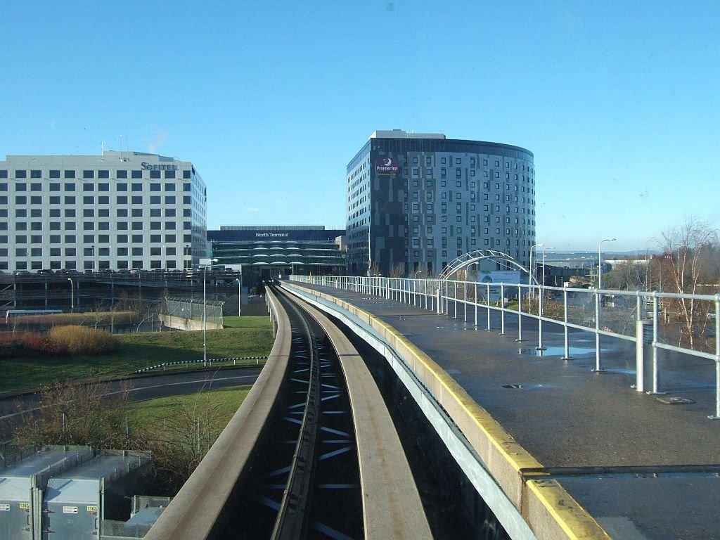 ☆018:ロンドン・ガトウィック空港 南ターミナル行きシャトル