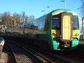 [Class377]☆028:Southern/ London Bridge行き電車 East Grinstead駅(Electrostar)