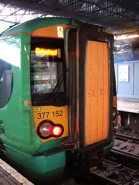 ☆046:Southern/ Class377 Electrostar (377152) London Bridge駅