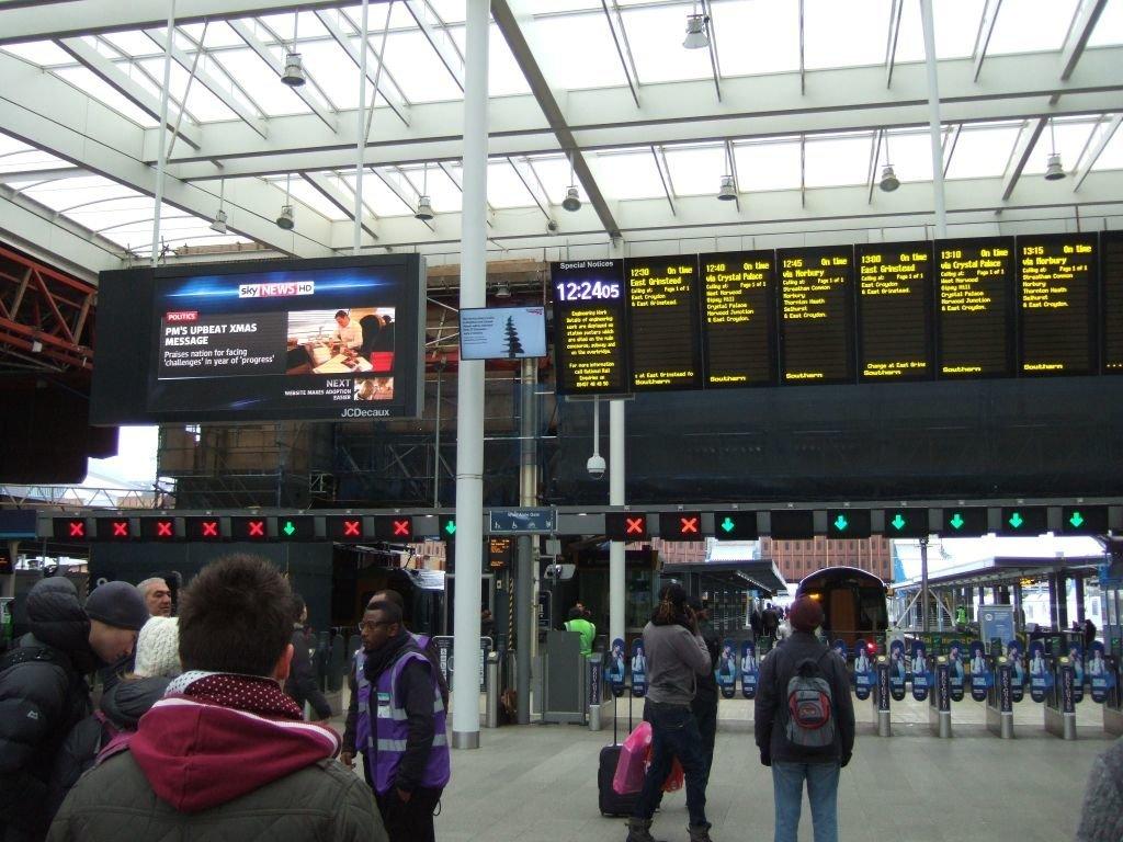 ☆049:Southern/ London Bridge駅 2013.12.26
