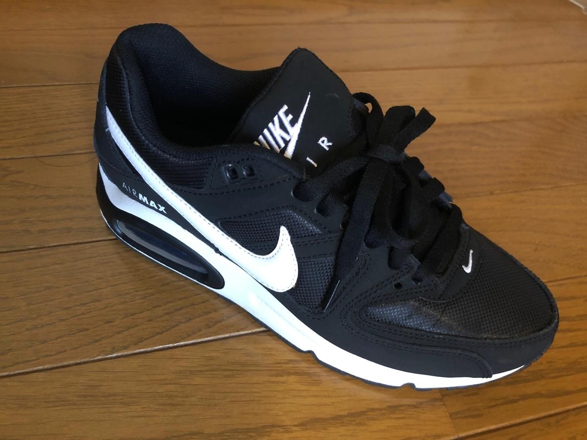 >Nike スニーカー