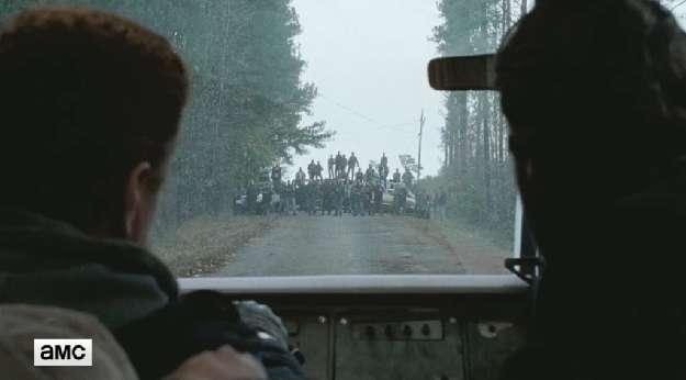 ウォーキングデッドシーズン6最終回救世者バリケード