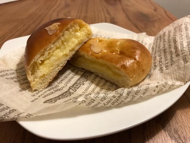 伊三郎パン クリームパン