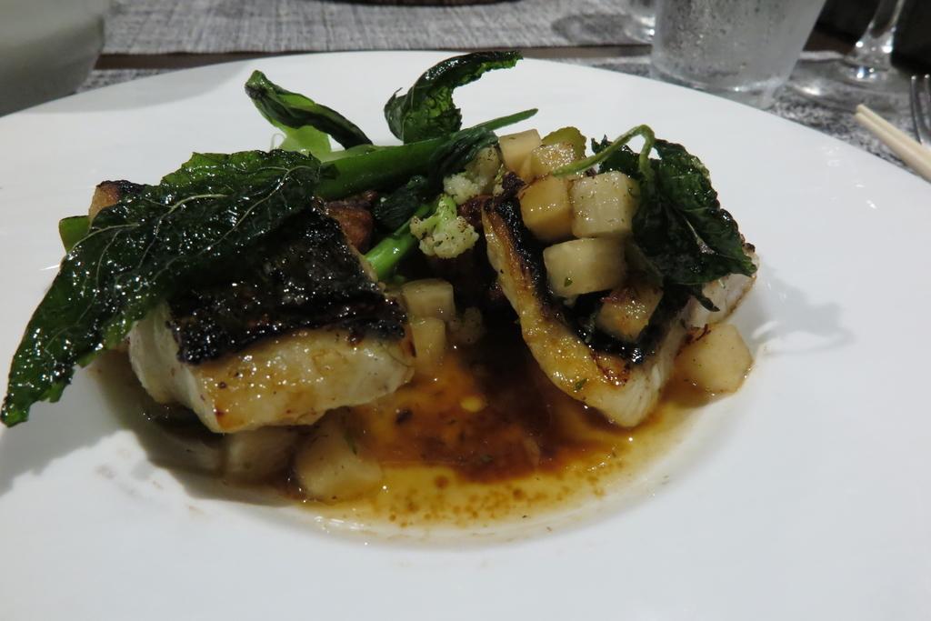 ディナーAコース シェフ特選鮮魚の炭火焼き(鱸)