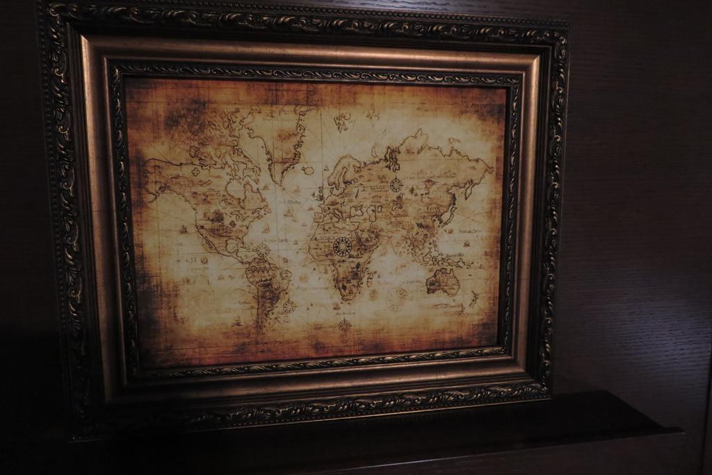 お部屋に飾られていた地図