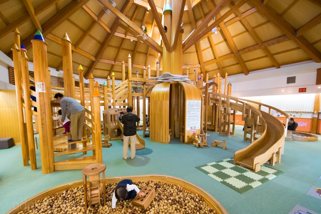 木製遊園地