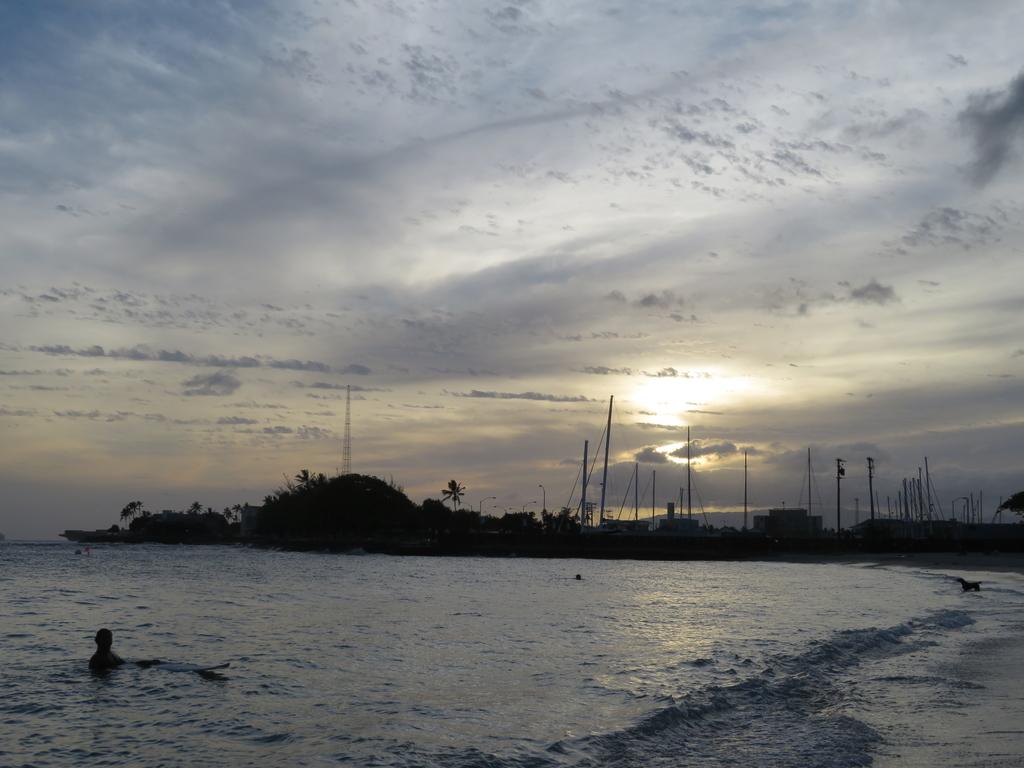 雲が多いが夕焼け