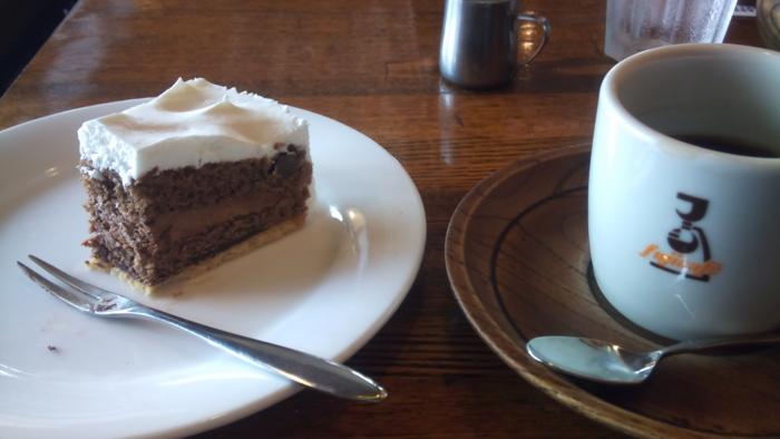 チョコレートケーキmogmog