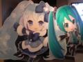 [グッ鉄カフェ][Project mirai]雪ミクさんと3Dねんどろいどミクさん