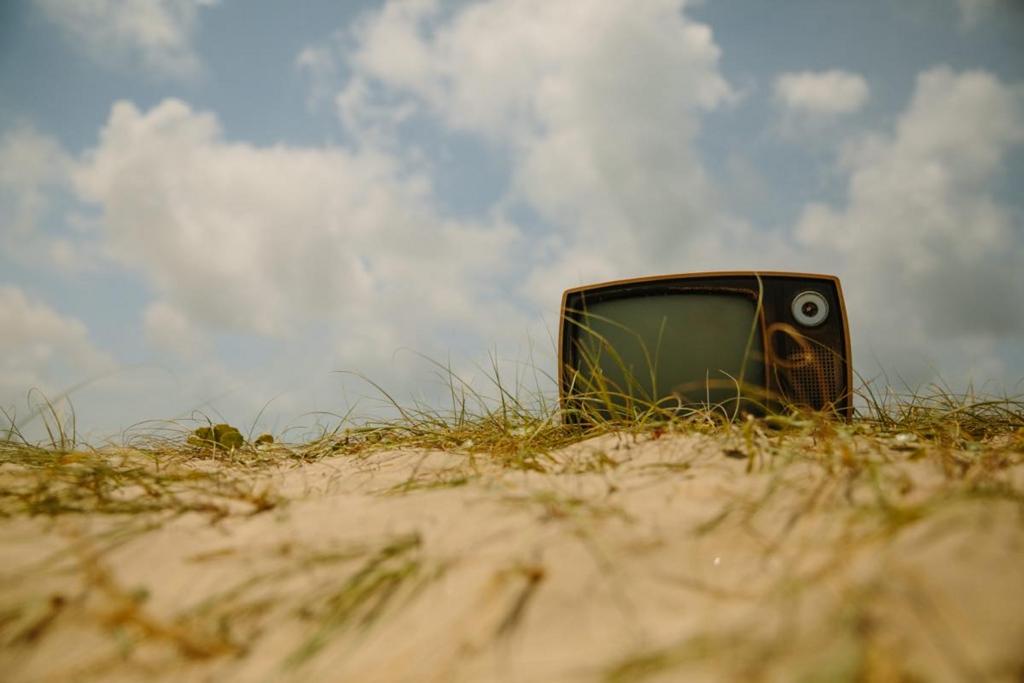 海外移住のための断捨離。テレビを捨てて、NHKも正式に解約しました。