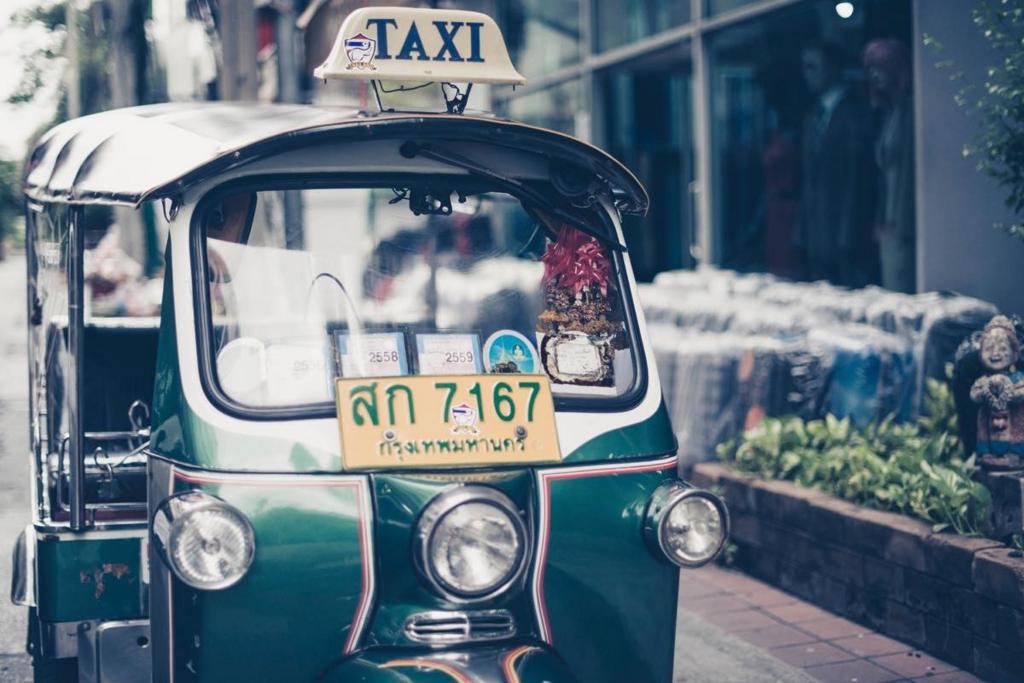 タイに住んでみたいノマドワーカー必見!でノマドには結局どのビザがいいの?