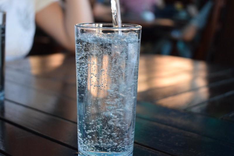 美味しそうな水
