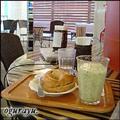 「エキサイトカフェ」の「キウイヨーグルトド�