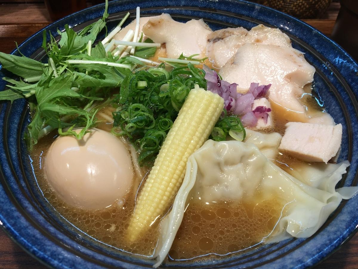 特製鶏白湯(醤油)らーめん
