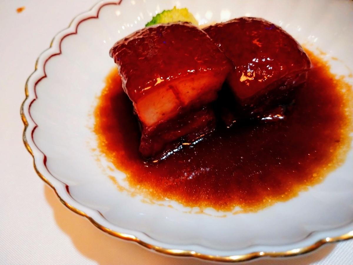 豚バラ肉の黒酢煮込み
