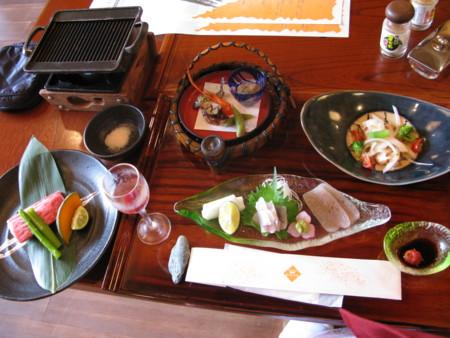 徳島は祖谷の懐石セットです