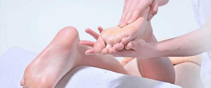 【5分でだるさ解消!?】足をケアして疲労回復する3つの方法