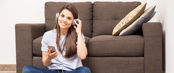大切なことは耳から学べ! ビジネスパーソンが毎日でも聴きたいラジオ番組はコレ!