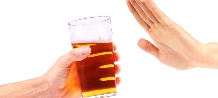 「保留」が大切? 会社の飲み会を上手に断る方法