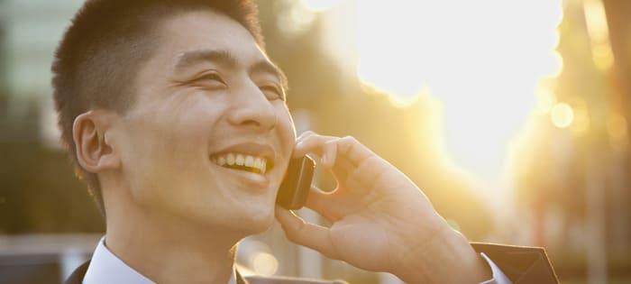 仕事の電話が嫌いな人必見! 電話恐怖症を克服する4つの方法