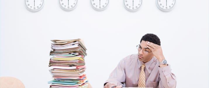 【いくつ当てはまる?】仕事が遅い人がやってしまっている4つの習慣