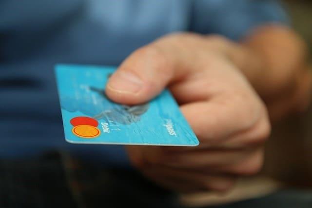 固定費はクレジットカード払いがおトク!かしこくポイントを使おう!