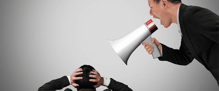 ストレスを溜めずに上司とうまくコミュニケーションをとるには?行動を真似する「シンクロニーの法則」が鍵になる!