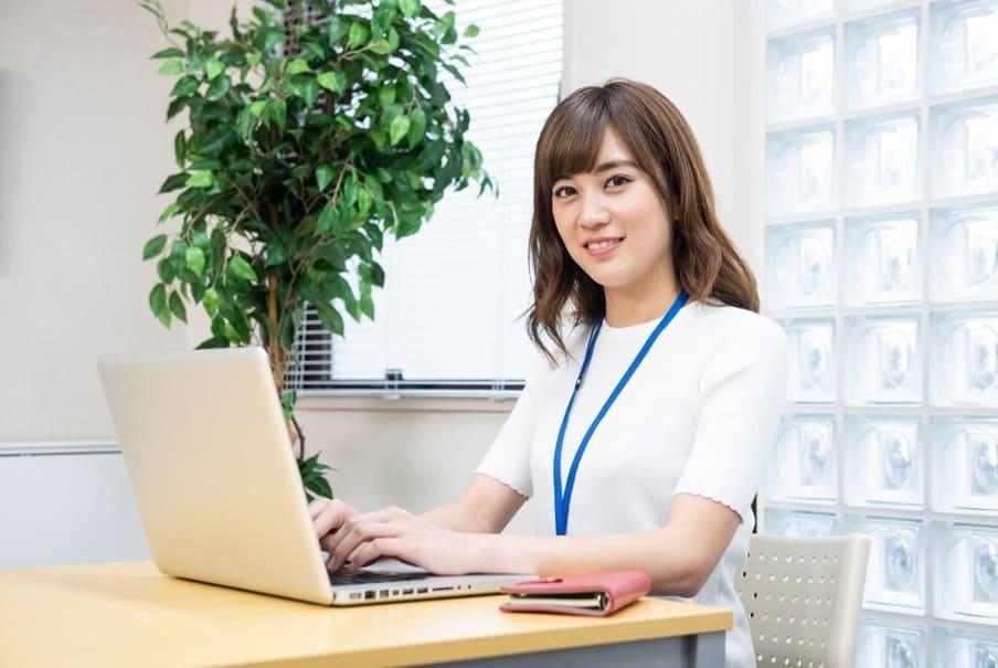 「副業やパラレルキャリア」に関心のある女性は過半数 20代では70%以上が「興味あり」