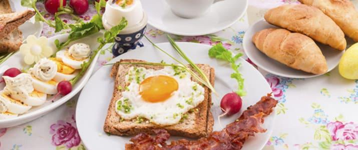 【絶品朝食!】多忙な1日に元気をあたえてくれる、おいしい朝食10選