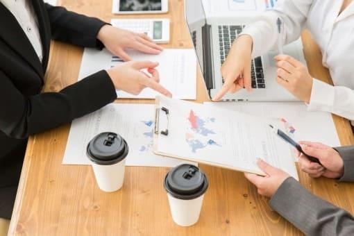 はたらく女性は職場でのコミュニケーションをどう感じている?会話が少ないと感じている人が60%以上という結果に