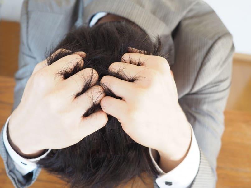 みんなが仕事中にイラっとくる原因はなに?人間関係に悩みを抱える人も…そして、そのストレス発散の方法とは