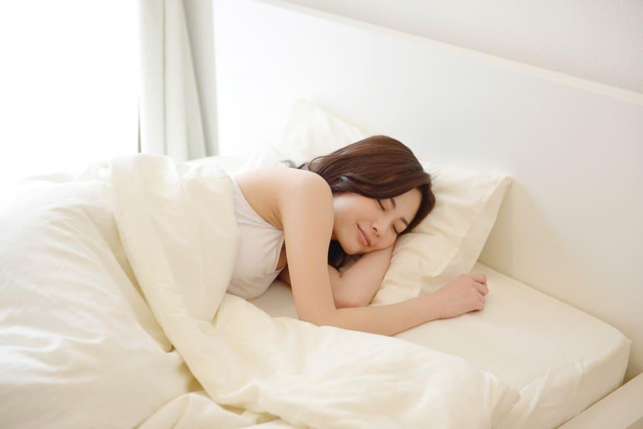 ストレス解消には睡眠が大切!低ストレス女性が決めている睡眠ルールとは