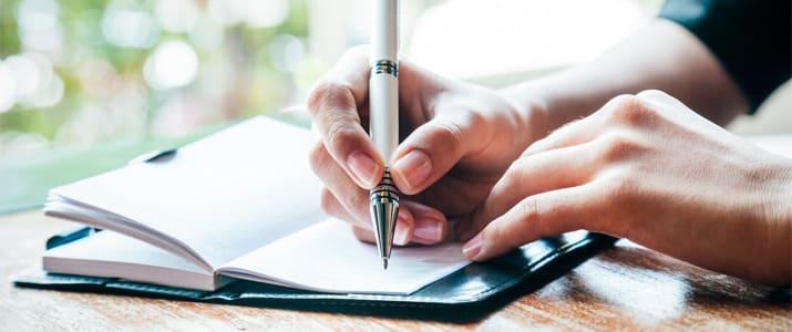 仕事に成果を生む鍵は日報!? 1日3ステップで書けるマイ日報