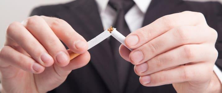 「喫煙者は採用しない」企業が増加中!? タバコは就活に不利って…ホントなの!?