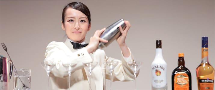 女性バーテンダー花田美咲がたった1年で一流になった理由