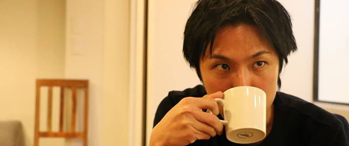 コーヒー屋の副店長からWebディレクターに。ブログで人生を変えた、ある男の道程。