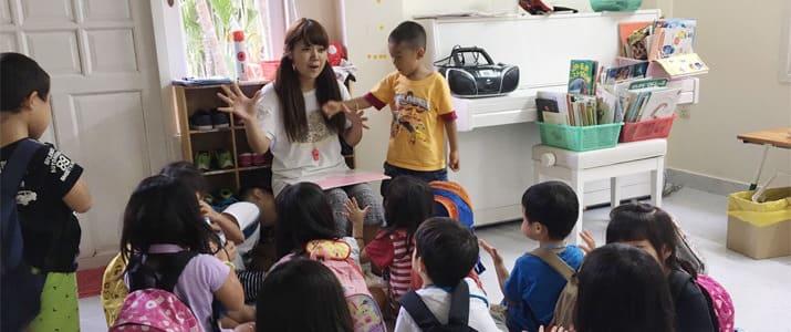 給料が下がっても豊かになれる? ベトナムで働く幼稚園教諭が驚いた「幸せな職場」