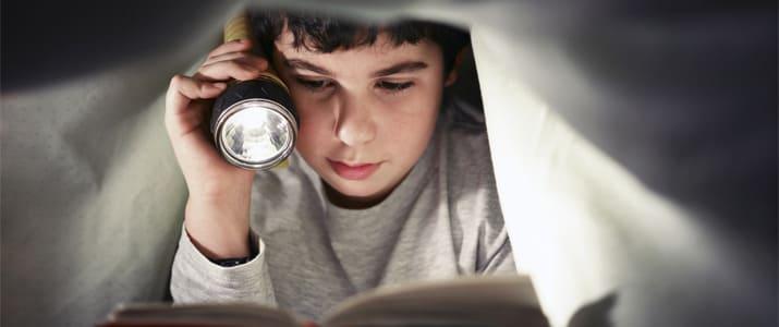 注目書店の店長が厳選! 仕事に悩んで眠れない夜に読みたい本5冊