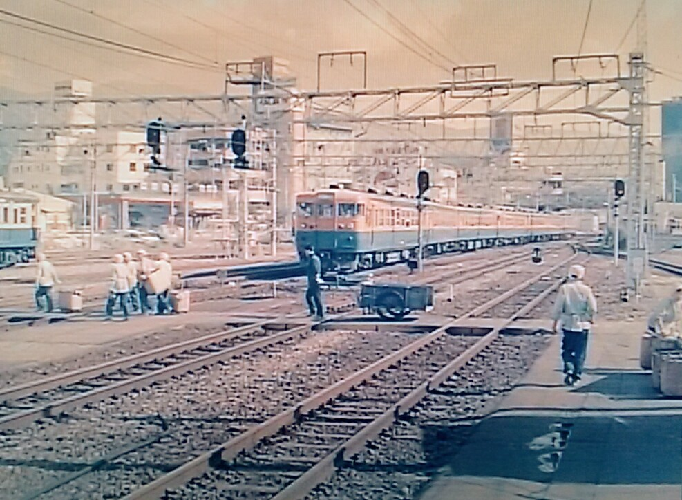 f:id:okinawa-rail:20201021235914j:plain