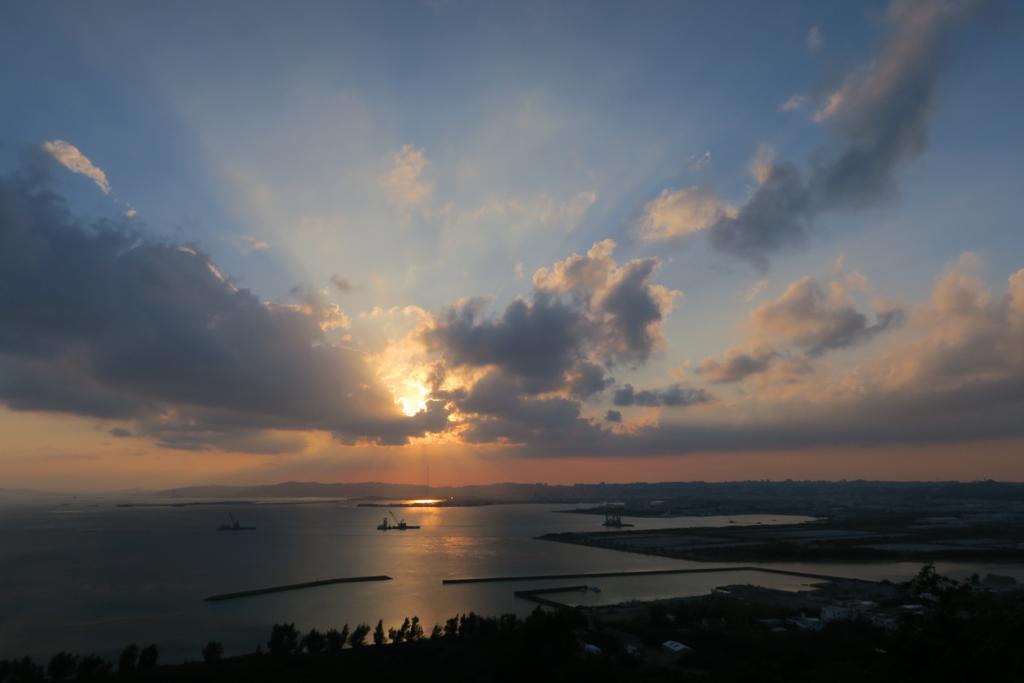 f:id:okinawa_peninsula:20161216221317j:plain