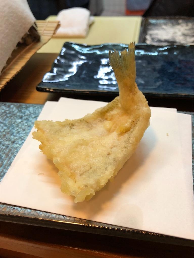 揚げたてのキスの天ぷら