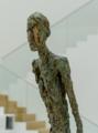 [美術][SEL35F1.8OSS][ジャコメッティ展]歩く男I(1960)