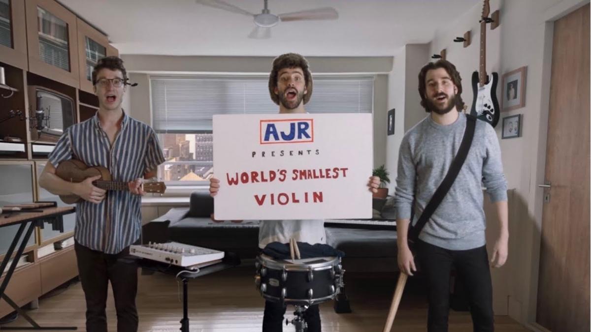【歌詞和訳】World's Smallest Violin:ワールズ・スモーラスト・バイオリン - AJR:エー・ジェイ・アール
