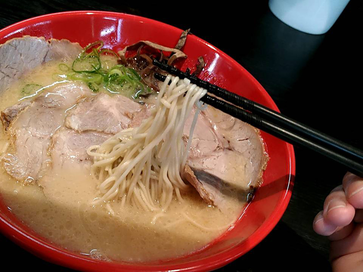 虎丸ラーメンの麺