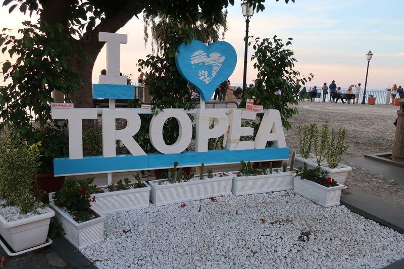 I love Tropea