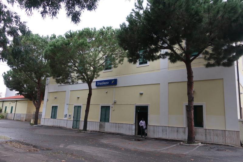 トロペア駅